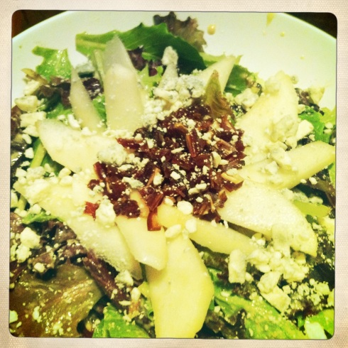Pear, Date, and Bleu Cheese Salad